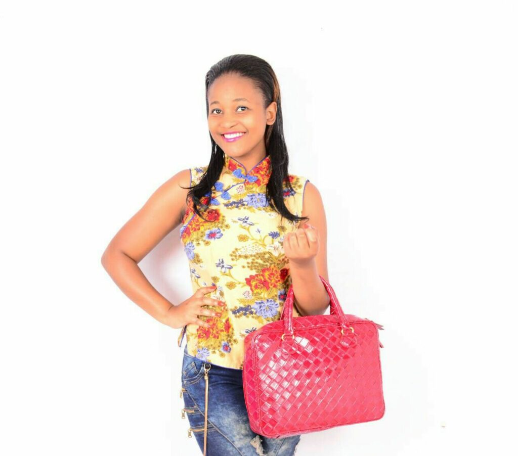 Maryanne: Am a shopping addict. I just love spoiling myself!